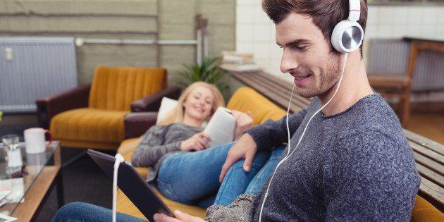 Cómo Mejorar la Comprensión de tu Lectura Escuchando Música