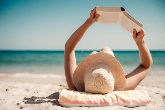 5 libros que no puedes dejar escapar estas vacaciones