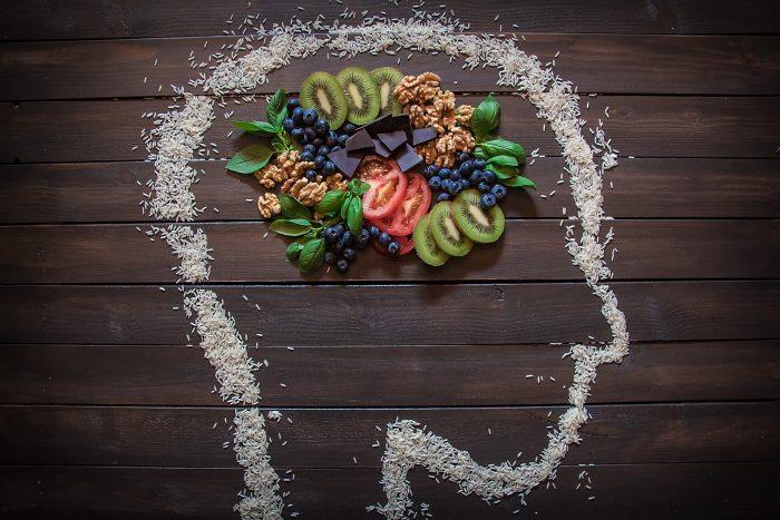 7 alimentos que debes conocer para cuidar tu memoria