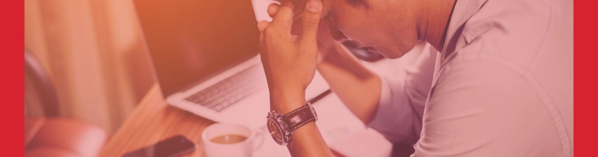 Hábitos de trabajo que arruinan tu mente y tu vida